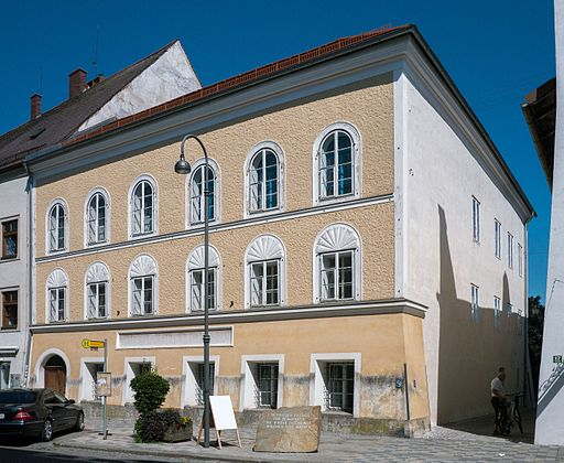 Adolf Hitlers Geburtshaus in Braunau am Inn